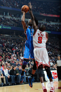 Kevin Durant and Luol Deng