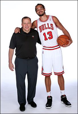 Tom Thibodeau and Joakim Noah pose together at Media Day