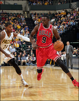 Luol Deng scored 17 points, but the Bulls couldn't hold off the Indiana Pacers, who closed the game with a 30-11 run in the last seven minutes.