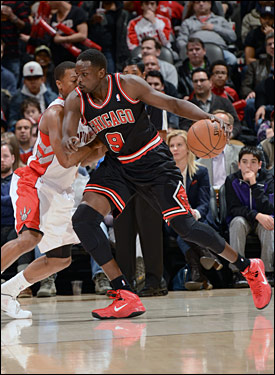 Deng and the Bulls held the Raptors to 27.3 percent shooting in taking a 27-16 first quarter lead, and then smothered the Raptors into missing 15 of 17 shots to open the second quarter.