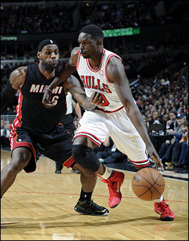 Deng had scored 20 points, his sixth consecutive game of at least 20 points and eighth in the last 10.