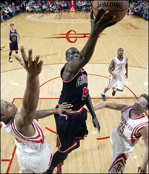 Luol Deng has averaged 25.7 points on 53.2 percent shooting in the last six games he's played.