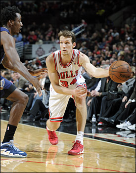 Dunleavy had a season-high 23 points against the Pelicans on Monday.