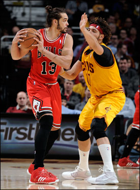 Noah has continued his remarkable onslaught on the boards with nine points, 18 rebounds and six assists Wednesday, his 14th consecutive double figure rebounding game to be the most since Dennis Rodman 16 years ago.