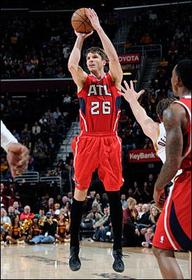 """It's pretty remarkable,"" Kerr said of Korver's streak. ""I could never have done that. He's bigger and stronger than I was with the shot. He shoots better off screens. I was more a spot up guy, so I didn't get as many looks."""