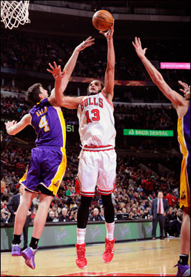 Noah recorded 17 points, a season-high 21 rebounds and a team-high six assists in a victory versus the L.A. Lakers on Jan. 20.  Noah is the only player in the NBA this season to record at least 15 points, 20 rebounds and five assists in a single game.