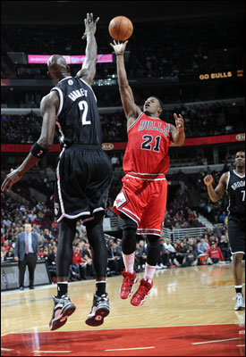 Butler scored 14 points along with three more steals and two blocks and a fierce defensive game against Joe Johnson.