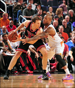 Dunleavy perhaps symbolized how the game would go for the Bulls, drawing consecutive charges early in first quarter against Miles Plumlee and Dragic as the Bulls went on a 9-0 run for a 17-6 lead.