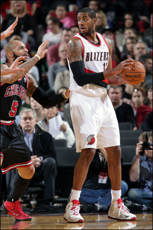 """""""He's a great player,"""" said Noah of Aldridge. """"He definitely changes everything when he's on the court for them, just his ability to shoot the ball, score in the paint. He's probably the best offensive big in the league."""""""