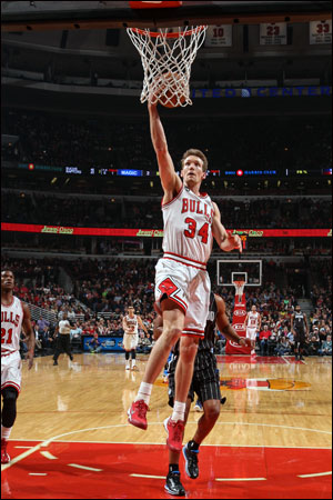 """""""We talked before the game,"""" said Mike Dunleavy, who led the Bulls with 22 points and made the big three-pointers in the third quarter when Orlando closed within three after trailing by 13 at halftime. """"We did not want to lose two in row."""""""
